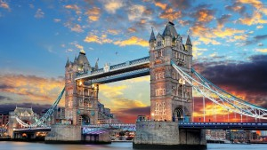 tower-bridge-1237288_1280